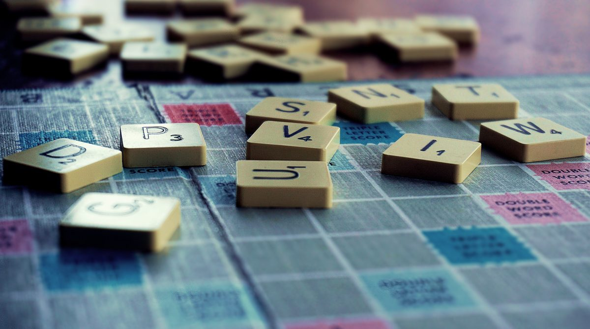 board-game-chance-game-1153929 (1)